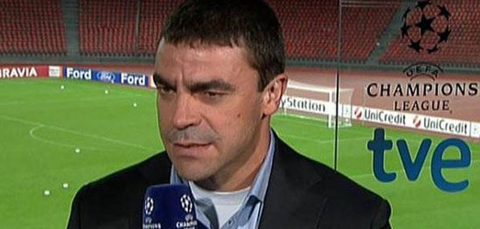La extraña foto que se le coló a Sanchís durante el Madrid-Barça