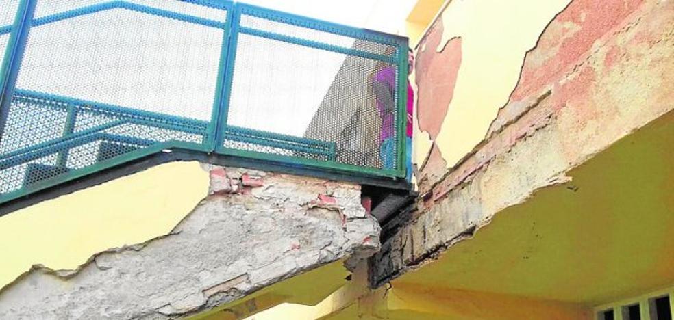 El PSOE pide más dinero para los pisos sociales