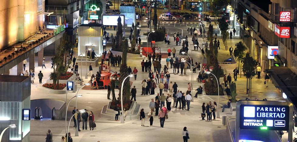 Ahora Murcia propone estudiar nuevo mobiliaro urbano para incrementar la seguridad