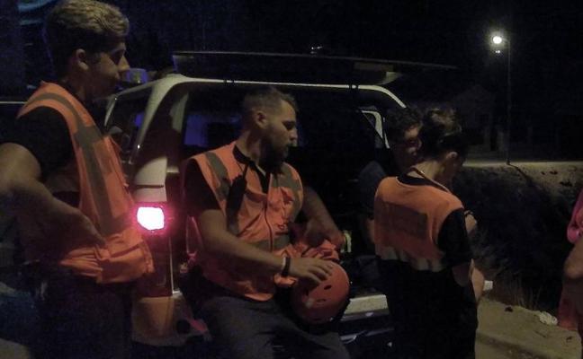 Rescatan a dos senderistas perdidos en la Sierra de las Moreras de Mazarrón