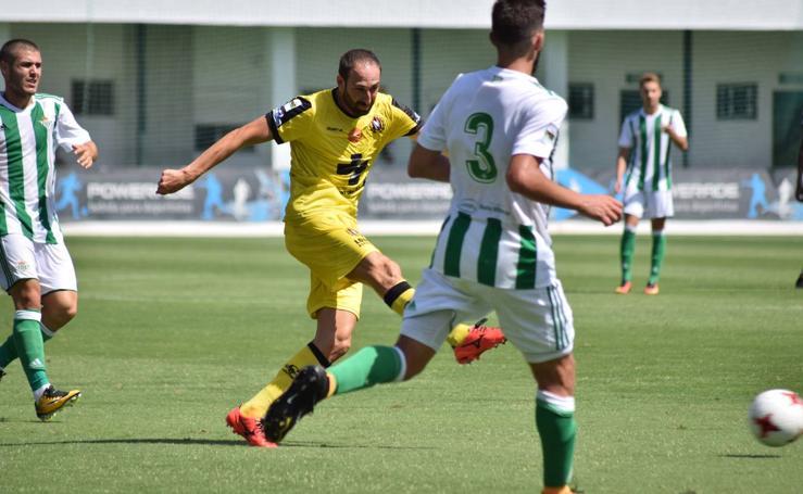 Betis B - Lorca Deportiva (4-1)