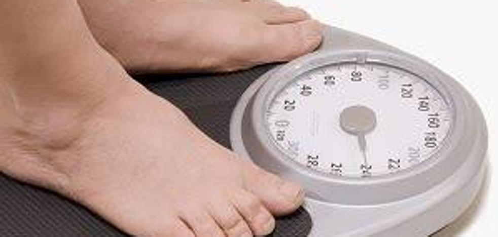 Esta tarde pesaremos entre uno y dos kilos menos