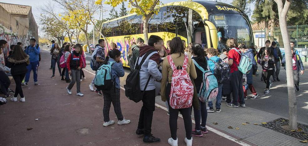 La Comunidad ofrecerá más de 400 rutas de transporte escolar gratuito el próximo curso