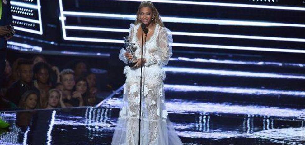 Beyoncé demuestra en los VMA's que sigue siendo una diva