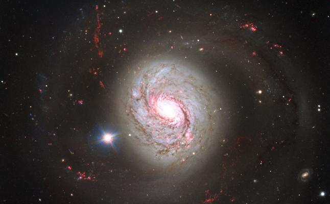 Una galaxia a 5.000 millones de años luz da nuevas pistas sobre la formación de magnetismo