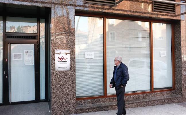 La banca española suprimió 82.285 empleos durante la crisis y cerró 17.019 oficinas