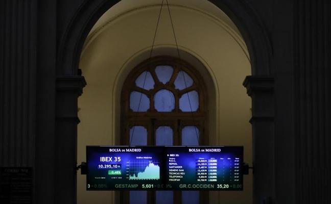 El Ibex pierde los 10.300 puntos, lastrado por sus grandes valores