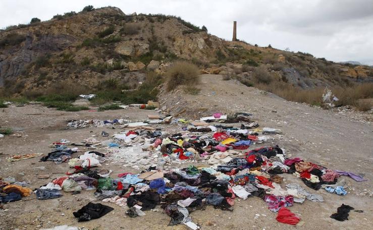 Escombros en Benipila