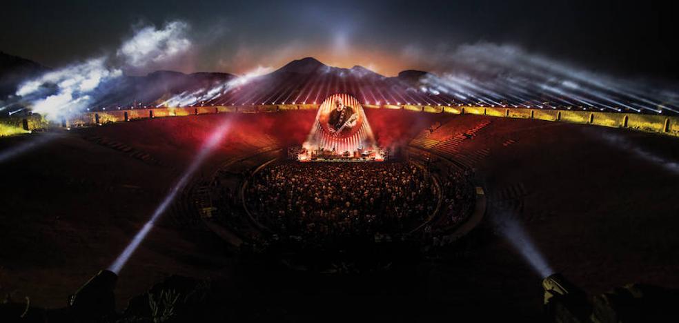 David Gilmour resucita a Pink Floyd en Pompeya