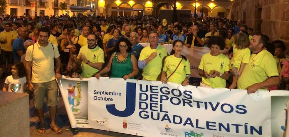 Más de 1500 personas inauguran los Juegos Deportivos del Guadalentín caminando por las calles de Lorca