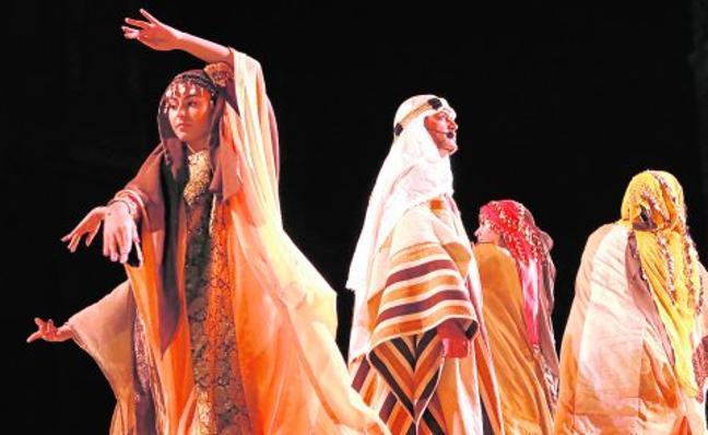 Moros y Cristianos recrean la histórica fundación de Murcia