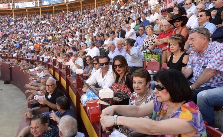 Ambiente en la segunda corrida de la Feria Taurina de Murcia