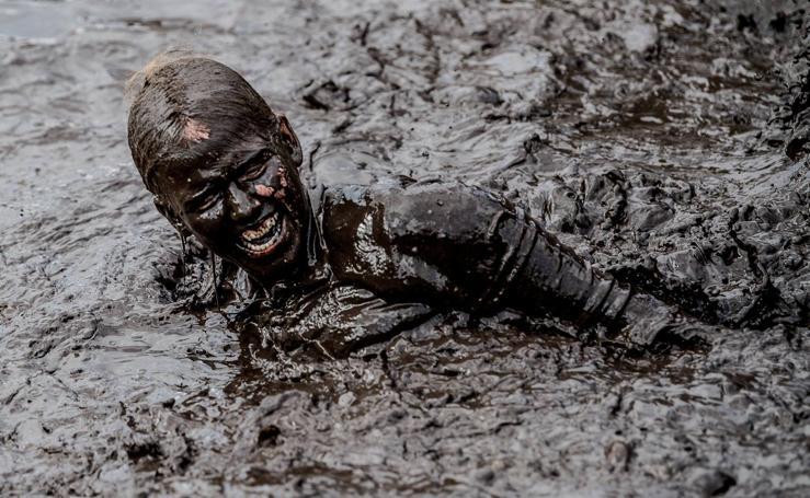 Hasta los ojos de fango
