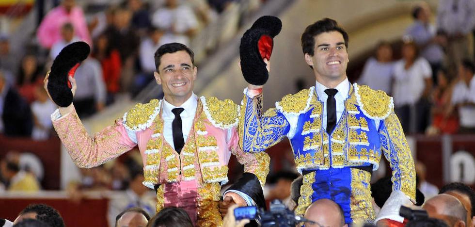 El lorquino Paco Ureña conquista Albacete con tres orejas