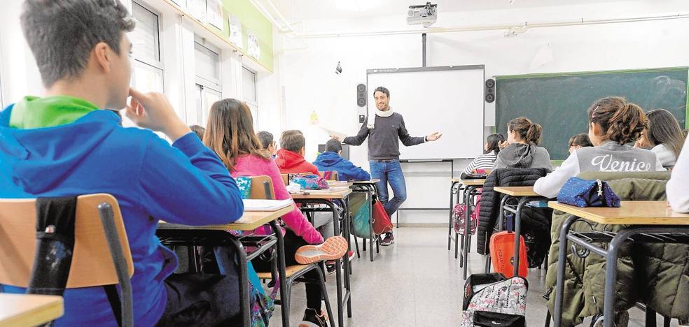 El curso arranca en Secundaria y Bachillerato con un récord histórico de matriculaciones