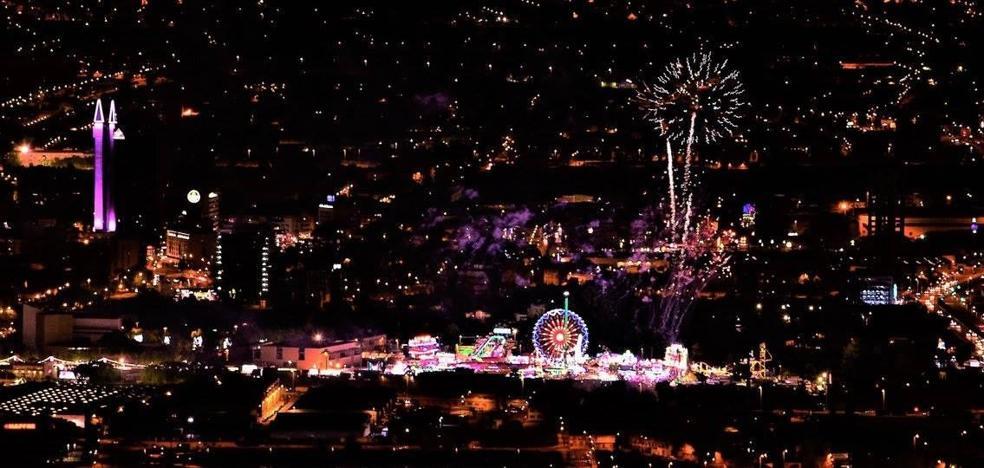 La foto más idílica de la Feria de Murcia
