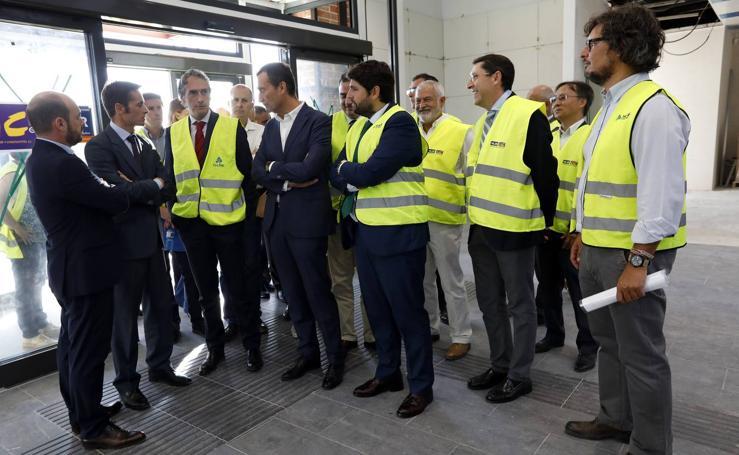 La visita del ministro a las obras del AVE, en imágenes