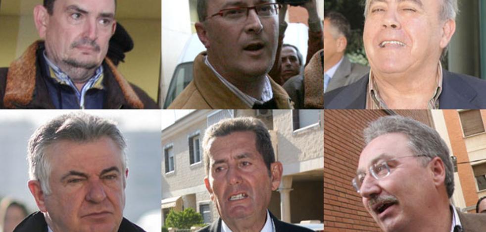El fiscal acusa al exalcalde Escudero de pagar obras propias con dinero público