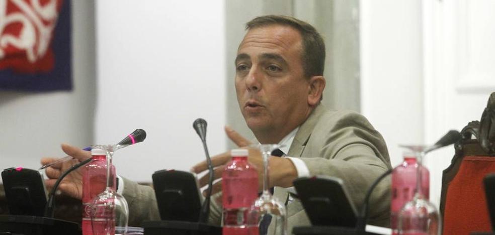 El PP denuncia que MC «se queda en el Gobierno para garantizar las pagas a sus concejales y asesores»