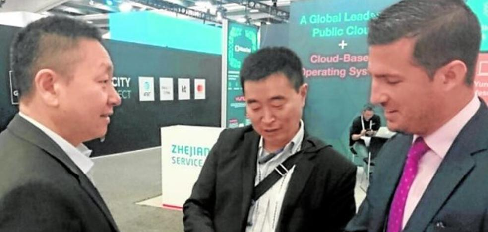 Un experto ligado a la UPCT logra una «revolución» en las redes móviles 4G y 5 G