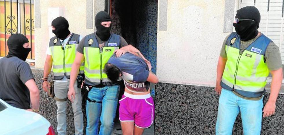 Cuatro detenidos en San Antón, en la tercera operación antidroga en un mes