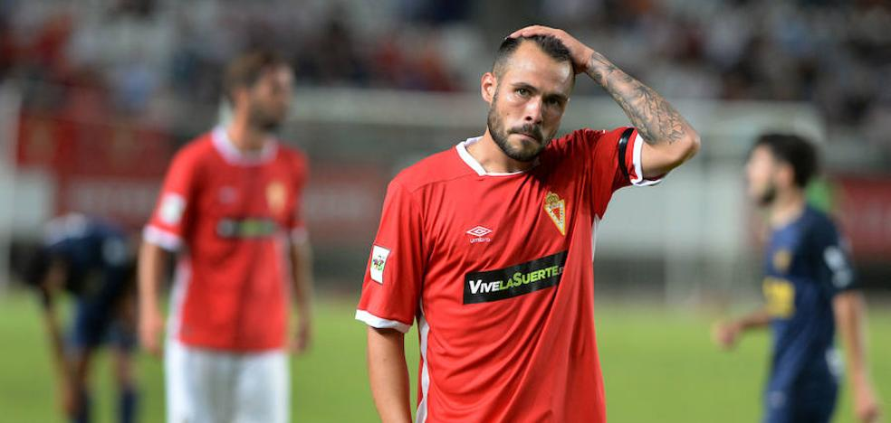 El Murcia tampoco despega en el derbi (1-2)