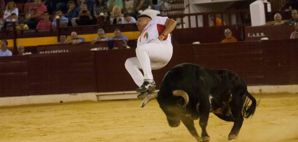 Eusebio Sacristán, de Valladolid, gana la semifinal nacional de recortadores en La Condomina
