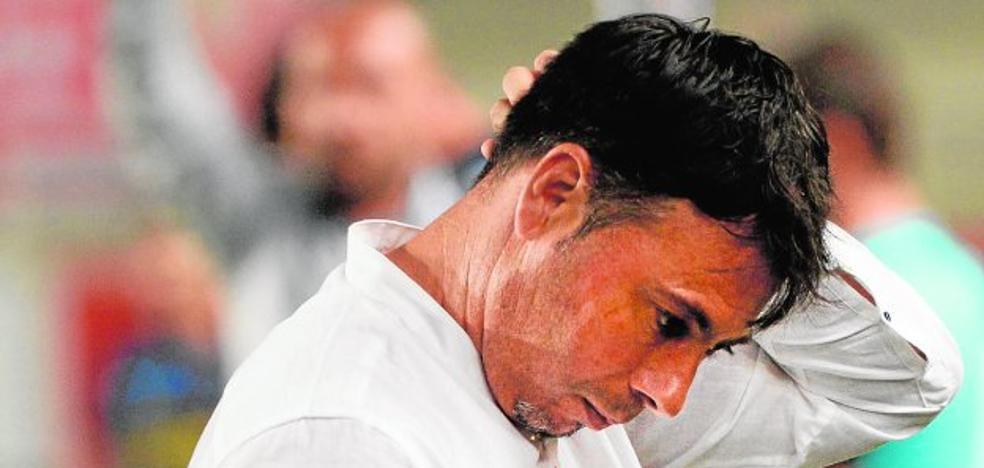 Sanlúcar: «No temo por mi continuidad en el Murcia»