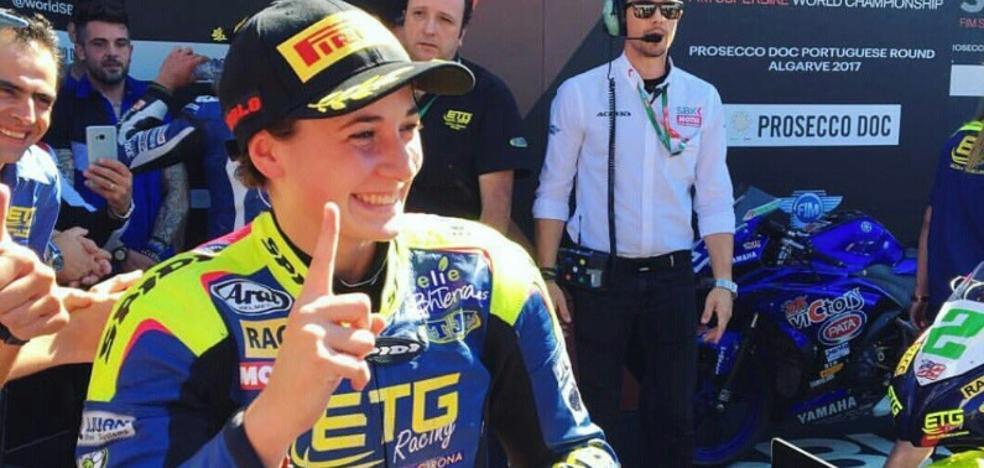 La ceheginera Ana Carrasco, primera mujer en vencer en un mundial de motociclismo