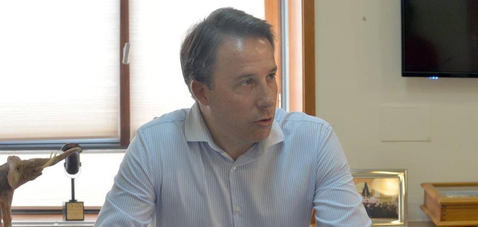 Fulgencio Gil: «Vamos a pedir el soterramiento completo del AVE en Lorca»