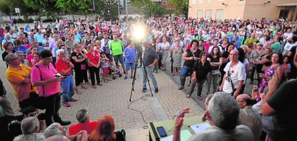 Los vecinos convocan una nueva marcha por el soterramiento para el 30 de septiembre