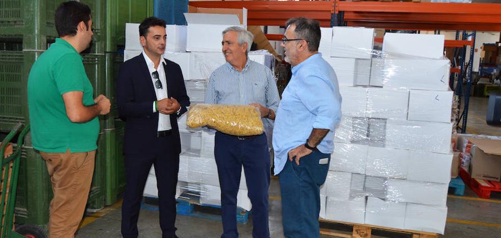 Pijo dona 2.000 kilos de alimentos a Cáritas, Cepaim y Jesús Abandonado