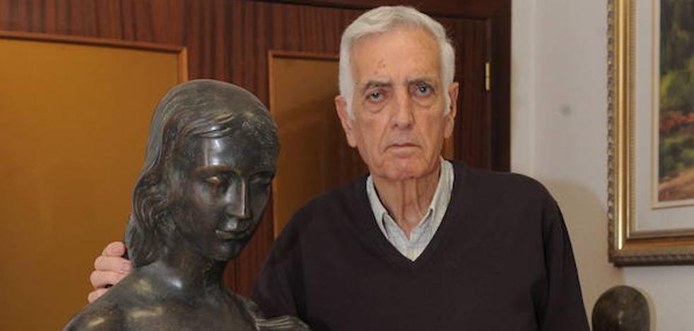 Fallece el escultor murciano José Hernández Cano