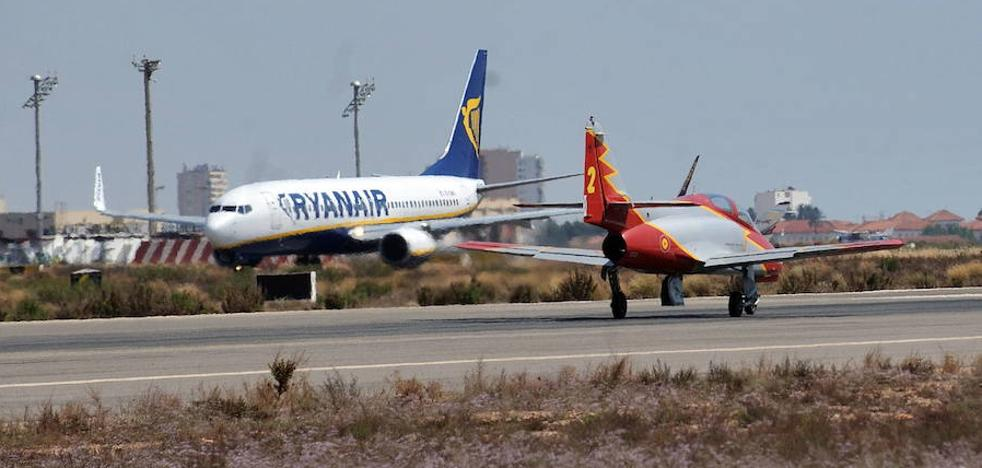 ¿Cómo afectan las cancelaciones de Ryanair a los aeropuertos de San Javier y Alicante?