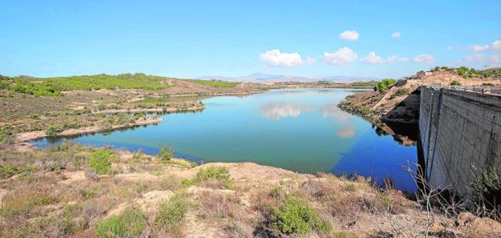 Preocupación de los alcaldes, que quieren saber cuánta agua hay para la población