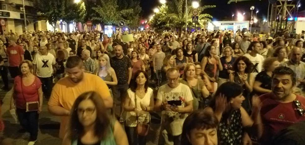 Los manifestantes regresan a las vías tras recorrer las principales calles de Murcia