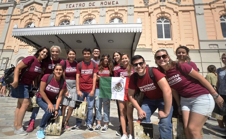 La UMU da la bienvenida a sus alumnos internacionales en el Romea