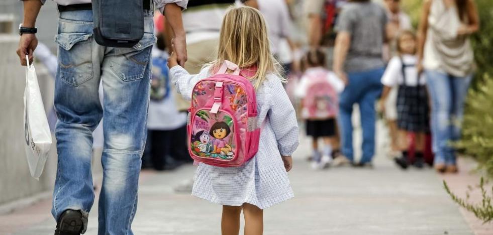 Los padres denuncian que está habiendo «copagos ilegales» en colegios públicos