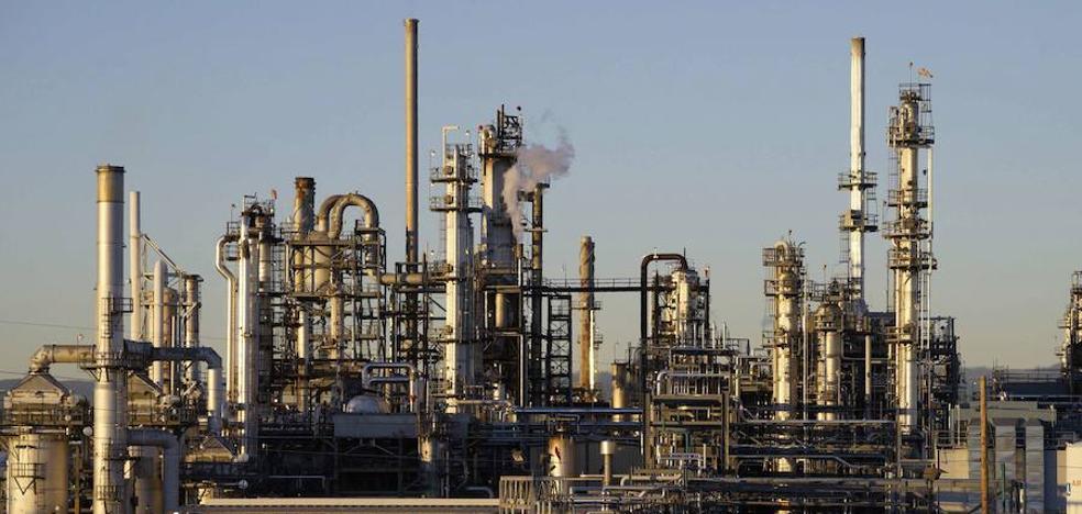 China afirma que prohibirá las exportaciones de petróleo a Corea del Norte
