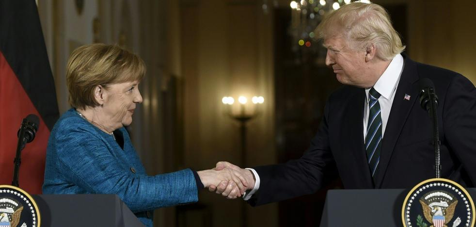 Trump desea éxito a Merkel para las elecciones parlamentarias