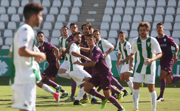 El Jumilla se reencuentra con el gol en Córdoba (2-2)