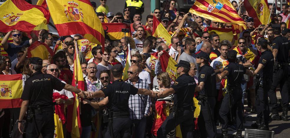 Interior defiende la «actuación proporcionada» de sus policías para la asamblea de Podemos