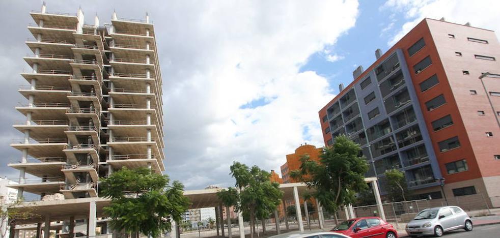 El Colegio de Arquitectos denuncia «burbujas» inmobiliarias en el norte de Murcia