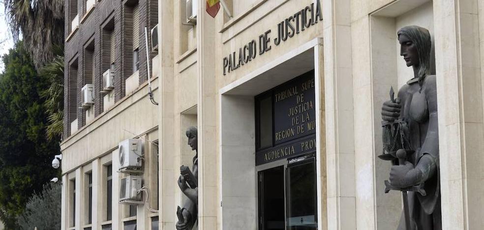 El acusado de violar a una niña de 13 años que conoció por redes sociales seguirá en prisión