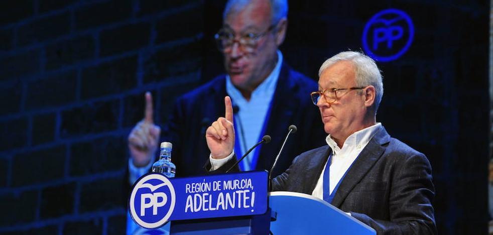 Valcárcel: «Pedro Antonio Sánchez sabe cuál es el camino que conviene al PP»