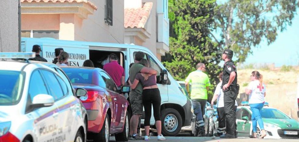 Una joven de Canteras muere acuchillada tras denunciar horas antes por acoso a su exnovio