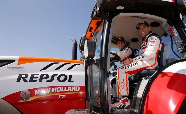 Márquez y Pedrosa, ganadores del primer 'TractorGP'