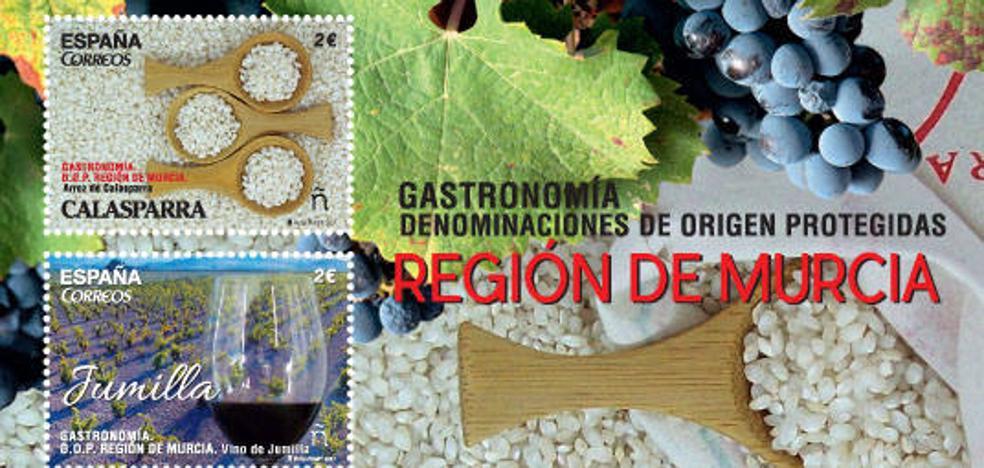 Correos emite dos sellos dedicados a las denominaciones de origen de Jumilla y Caravaca
