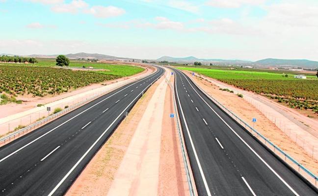 La autovía ya solo espera al ministro