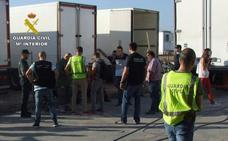Detenidos los gerentes de una empresa de Totana por irregularidades en la contratación de extranjeros